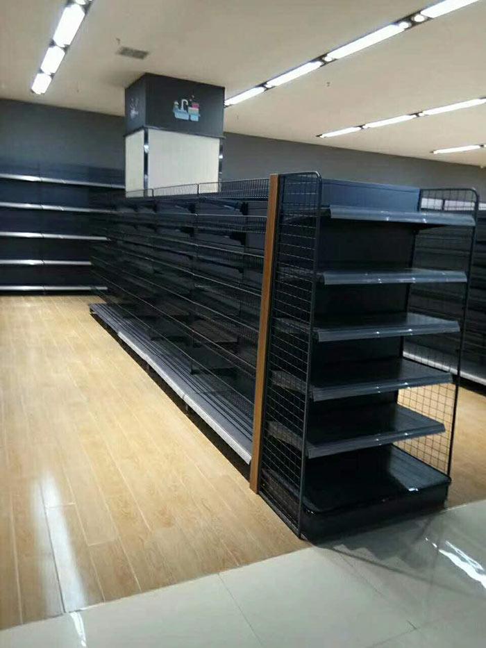 商丘嘉百乐购物广场商超货架案例