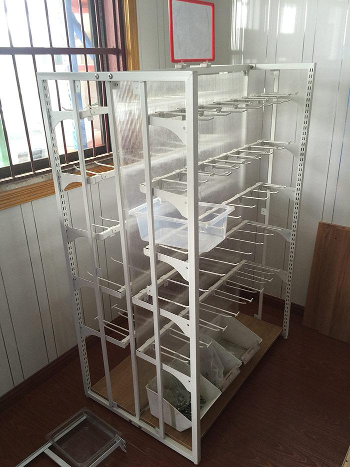 红叶文体店货架003