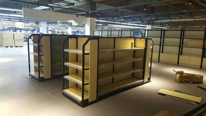 为什么现在超市商场喜欢用钢木货架?这些优点值得大家考虑