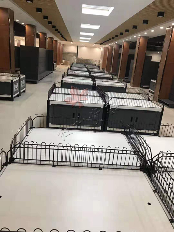 商丘毛堌堆万和盛购物广场超市货架案例