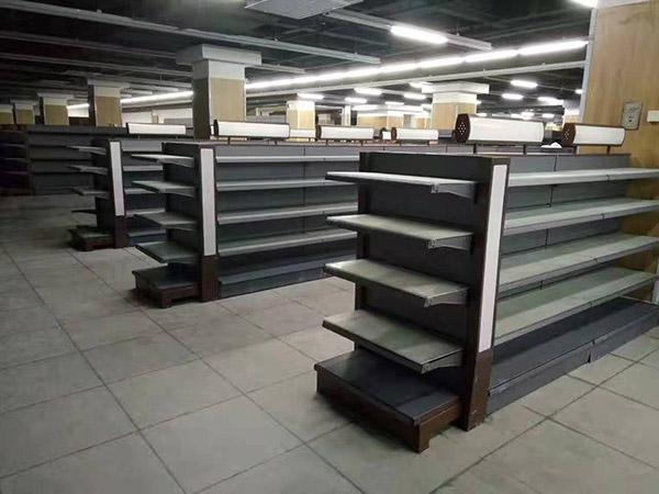 开封尉氏县鑫丰购物广场超市货架案例