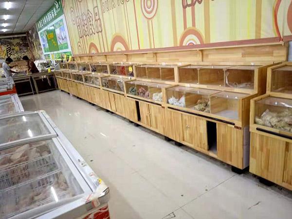 驻马店平舆世纪红购物广场冷冻区