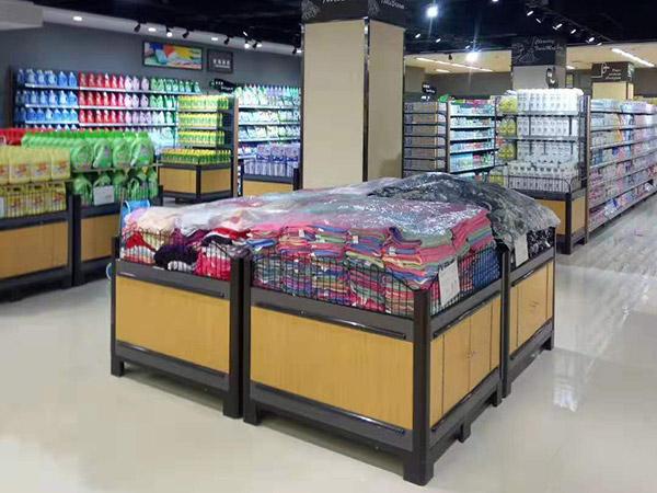 晋城汇邦世纪联华超市洗化区