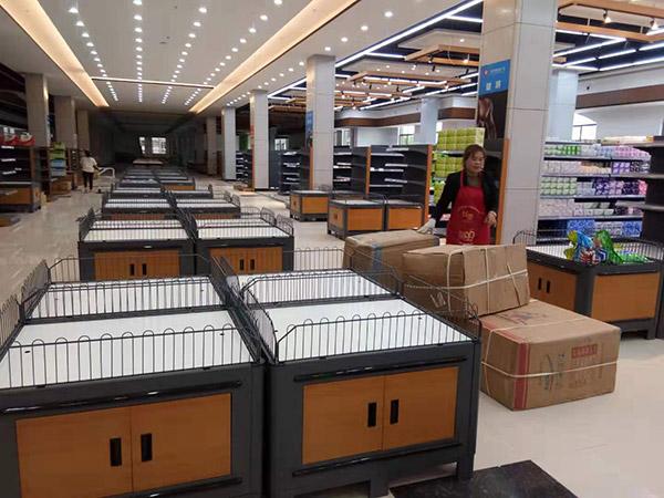 周口西华县太平洋润发购物广场促销台布局区