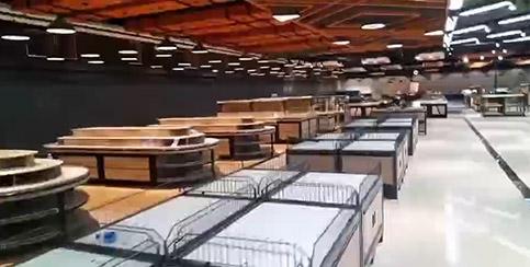 商丘双八尚购购物广场超市货架案例,整体协调统一