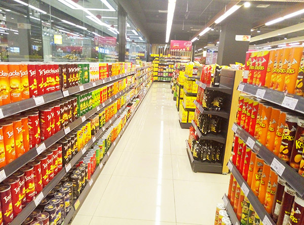 超市货架与灯光需要哪些技巧才能更好搭配
