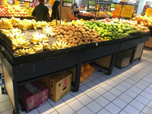 给我查一下河南省焦作市哪里有卖水果的货架