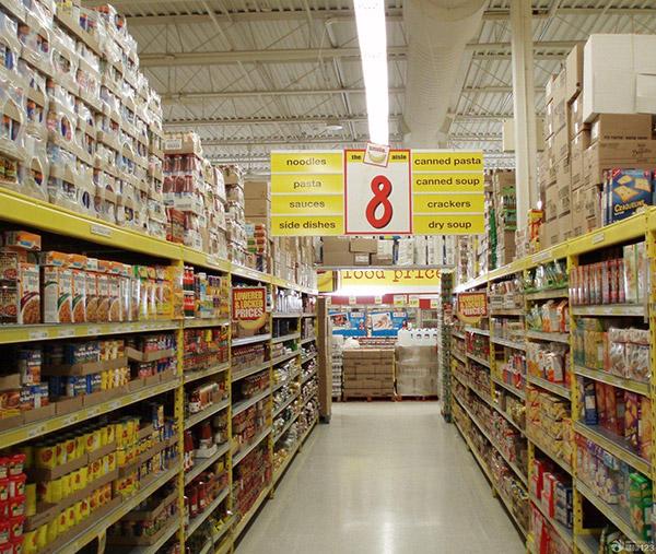 超市货架颜色为啥白色的居多而不用黄色的