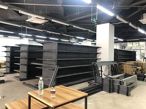 超市货架怎么摆放比较好