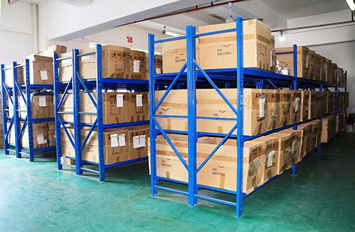 仓库货架出现生锈现象是什么原因?该怎么处理