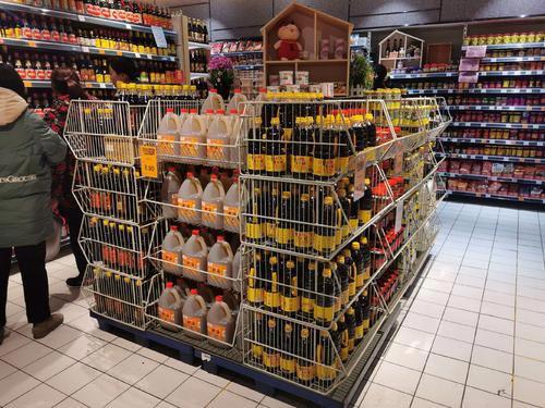超市货架产品应该这样摆放